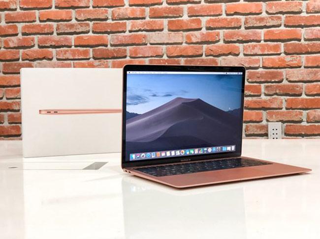 Ngắm nhìn MacBook Air 2018 giá hơn 37 triệu đồng mới về Việt Nam