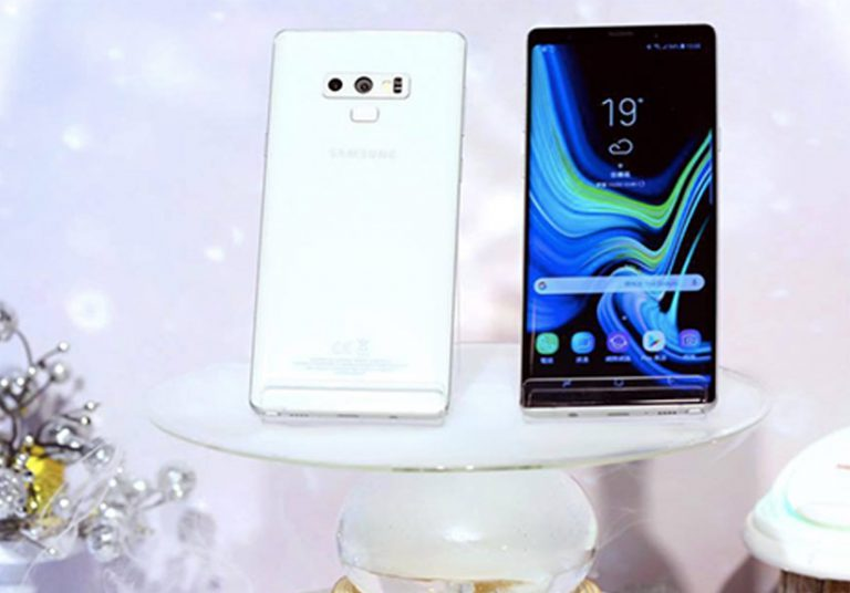 Samsung ra Galaxy Note9 màu trắng giá ngang iPhone XS