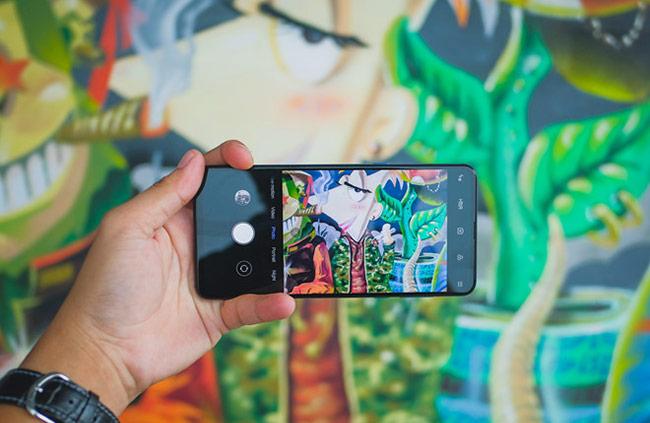 Xiaomi MI MIX 3 là smartphone RAM 10 GB đầu tiên ra mắt tại Việt Nam