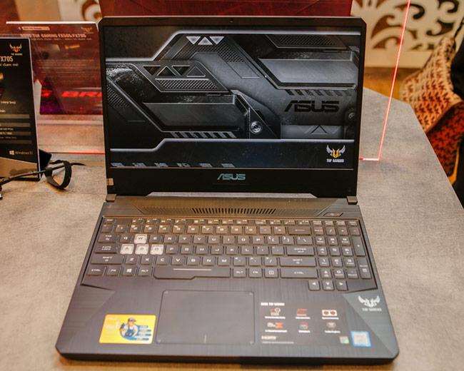 FX505 / FX705 là dòng laptop chơi game tầm trung của Asus.