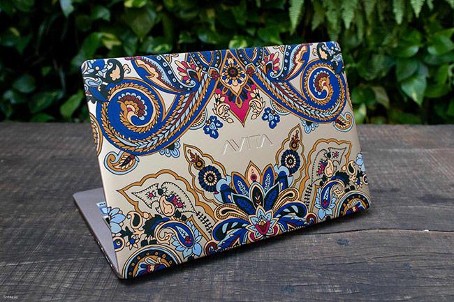 Avita Liber - Laptop vỏ nhôm in hoa văn, mỏng nhẹ hợp với phái nữ
