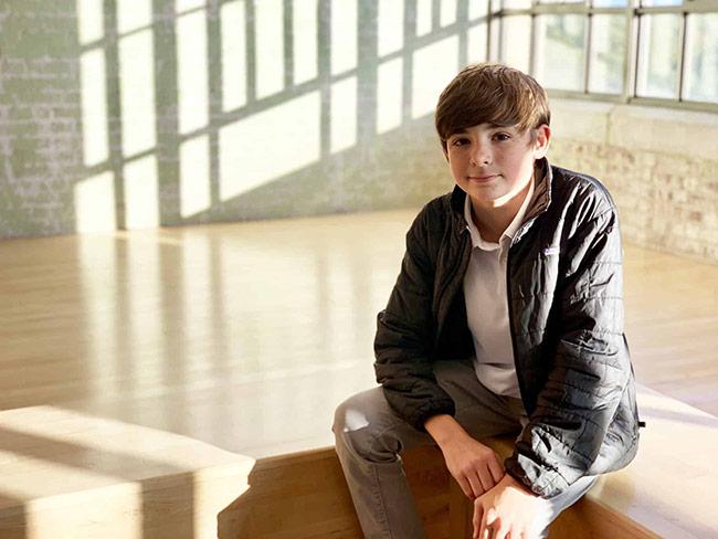 Cậu bé 14 tuổi làm lò phản ứng hạt nhân tại gia