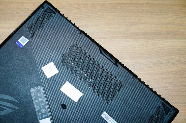 ASUS ROG Strix SCAR II GL504GV: Sức mạnh ấn tượng từ Nvidia RTX