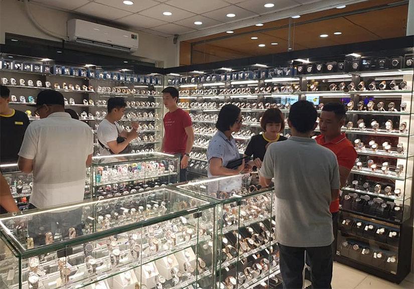 Thế Giới Di Động bất ngờ mở bán đồng hồ