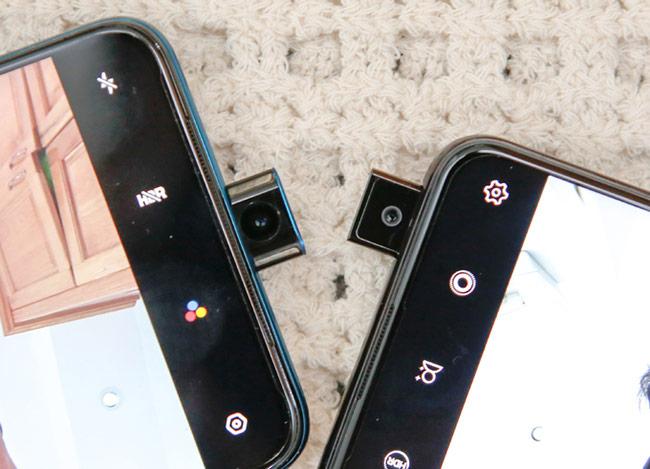 Dù F11 Pro (bên trái) có cụm camera nhìn đẹp mắt và lớn hơn nhưng camera trên V15 (bên phải) có độ phân giải cao hơn gấp đôi 32 megapixel so với 16 megapixel.