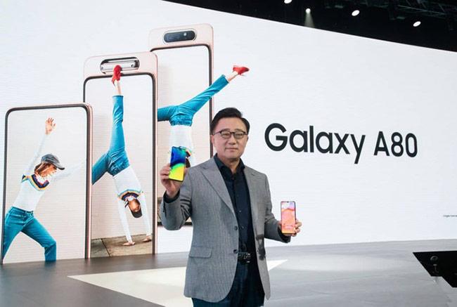 A80 là mẫu điện thoại mới nhất và cao cấp nhất thuộc dòng Galaxy A, được Samsung công bố ngày 10/4 tại Thái Lan
