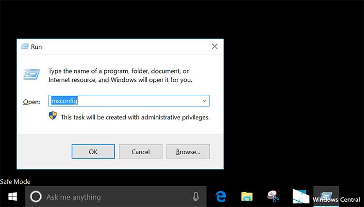 Làm thế nào để thoát khỏi chế độ Safe Mode trên Windows 10?
