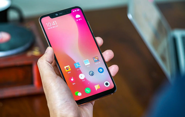 Xiaomi Mi 8: Dành cho những người 'săn cấu hình'