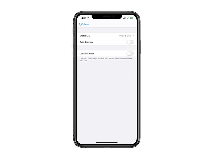 Chế độ dữ liệu thấp - Khi kích hoạt chế độ này, máy sẽ tự động giảm lượng dữ liệu mạng mà các phần mềm chạy nền đang sử dụng. Nó cũng giúp tiết kiệm pin cho iPhone của bạn.