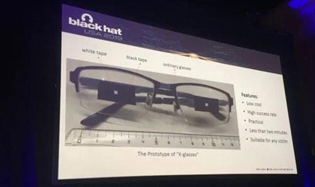 FaceID bị 'qua mặt' bằng kính mắt và băng dính