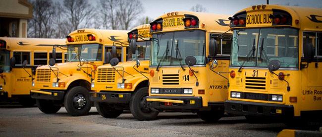 Rất nhiều công nghệ đảm bảo an toàn yêu cầu kết nối mạng, do vậy việc trang bị kết nối Wi-Fi hoặc di động cho xe bus đưa đón học sinh là cần thiết