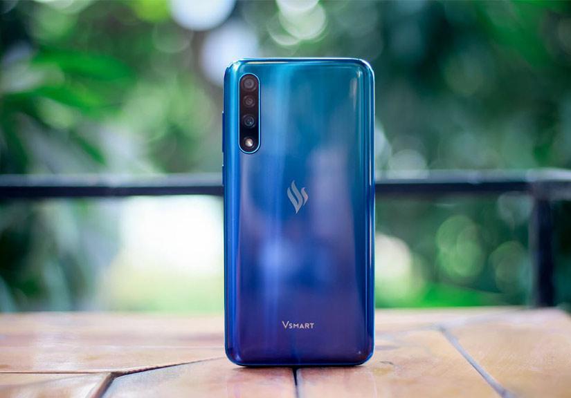 Vsmart Live - smartphone Việt giá 7 triệu đồng