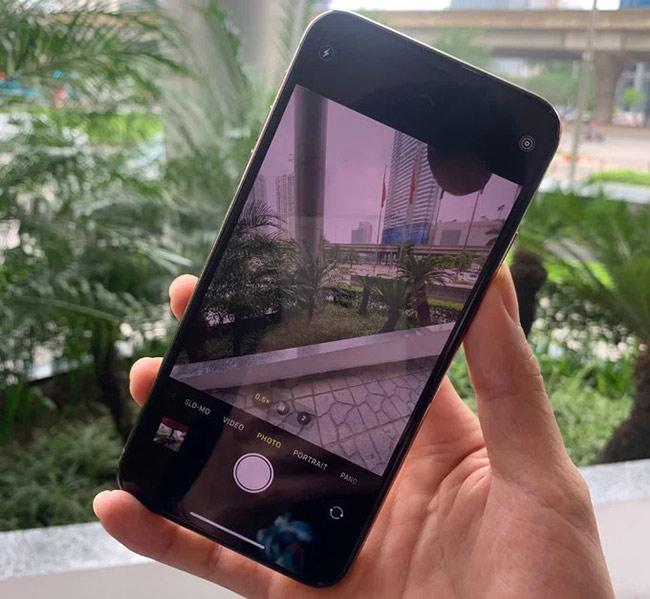 cả ba mẫu iPhone đều chạy iOS 13 chính thức