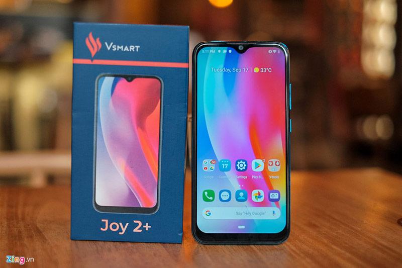 VinSmart vừa chính thức trình làng smartphone Vsmart Joy2+. Đây là chiếc điện thoại thuộc dòng smartphone thế hệ 2 của VinSmart, sử dụng hệ điều hành VOS2.0 được phát triển trên nền tảng Android mới.
