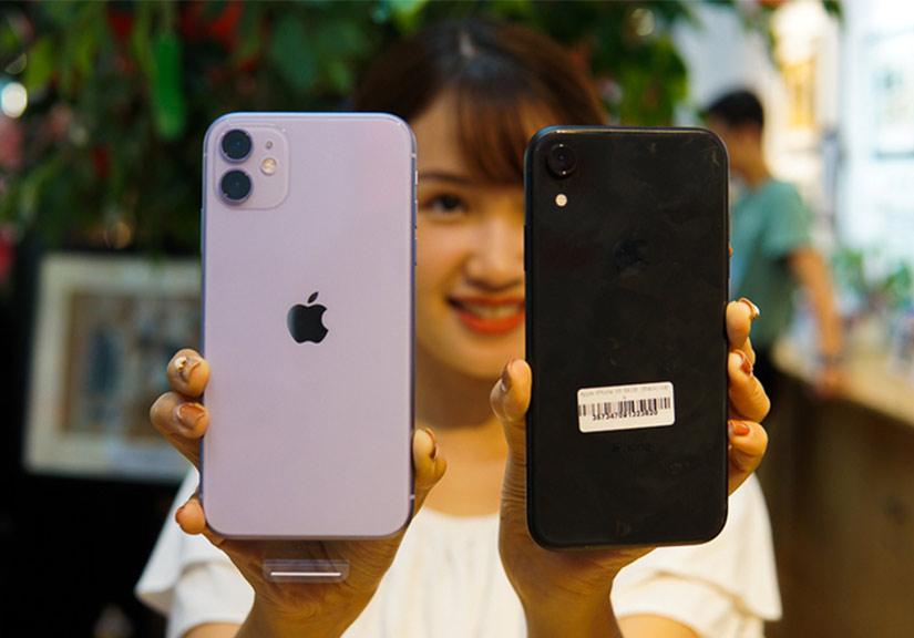 iPhone 11 đọ dáng cùng iPhone XR