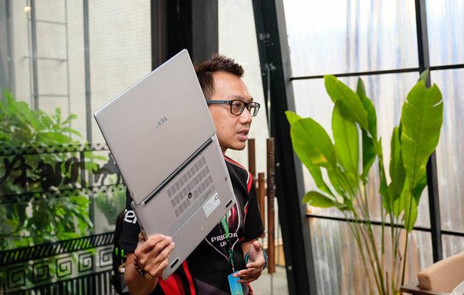 Laptop Acer Aspire 5 mới hiện đã lên kệ tại thị trường Việt Nam với giá bán lẻ từ 11,990,000 đồng