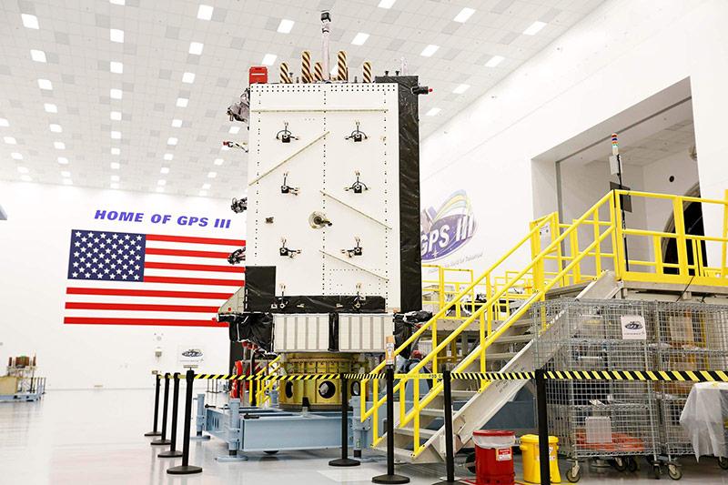 Một vệ tinh GPS III của Lockheed. Ảnh: Flickr.