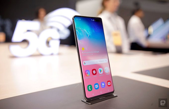 Samsung Galaxy S10 5G (97 điểm)