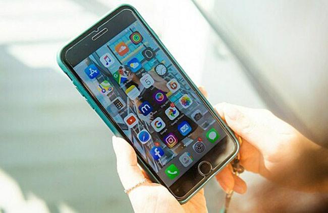 iPhone 7 Plus ra mắt từ năm 2016