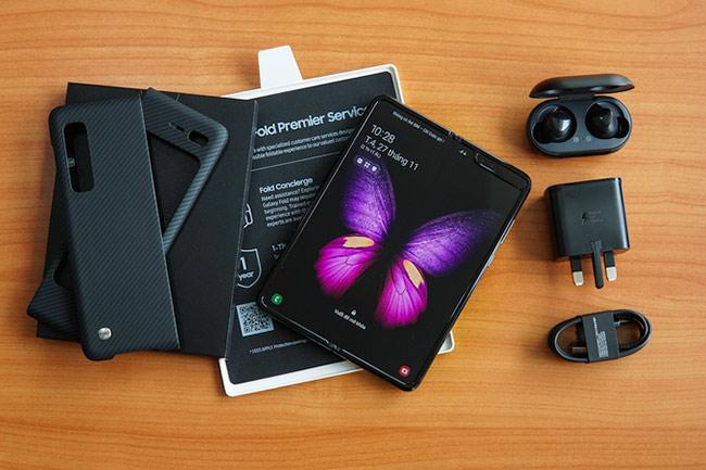 Galaxy Fold vừa được giới thiệu tại Việt Nam với giá 50 triệu đồng
