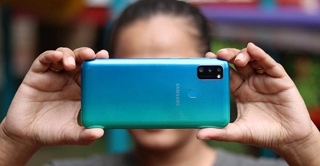 Galaxy M30s ra mắt tại Việt Nam: Cụm camera kiểu mới, pin 6.000 mAh