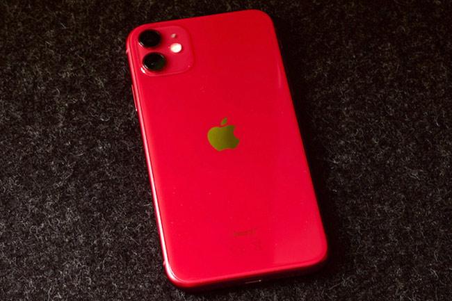 Vừa mở bán, iPhone 11 đã có hàng cũ tại Việt Nam