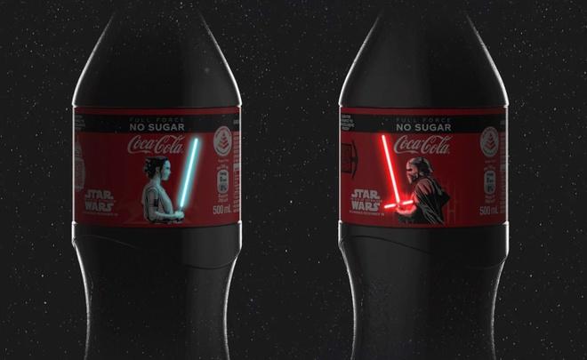 Coca-Cola ra phiên bản kiếm Star Wars phát sáng trên thân chai