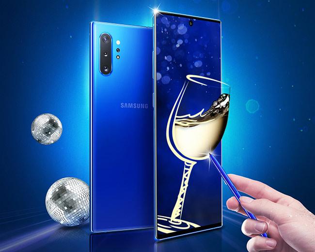 Galaxy Note10+ vừa được bổ sung thêm phiên bản màu xanh dương. Ảnh: Samsung.