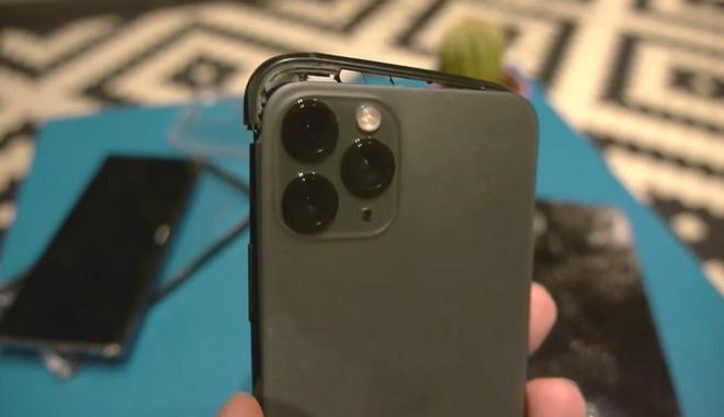 iPhone 11 Pro, Galaxy Note 10 và Huawei Mate 30 rơi xuống từ cầu thang cao chục mét, chiếc smartphone nào sẽ sống sót? - Ảnh 6.