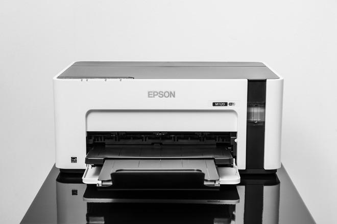 Đây là máy in đơn sắc Epson EcoTank M1120: thiết kế an toàn, cơ chế hoạt động đơn giản, chi phí không rẻ - Ảnh 3.