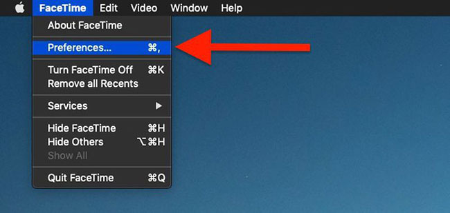 Chọn FaceTime > Preferences từ thanh menu ở đầu màn hình
