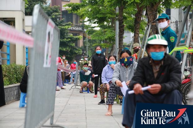 Ảnh: Xuất hiện cây gạo nhận diện bằng khuôn mặt ở Hà Nội, ai đến lấy 2 lần trong ngày bị từ chối ngay - Ảnh 7.