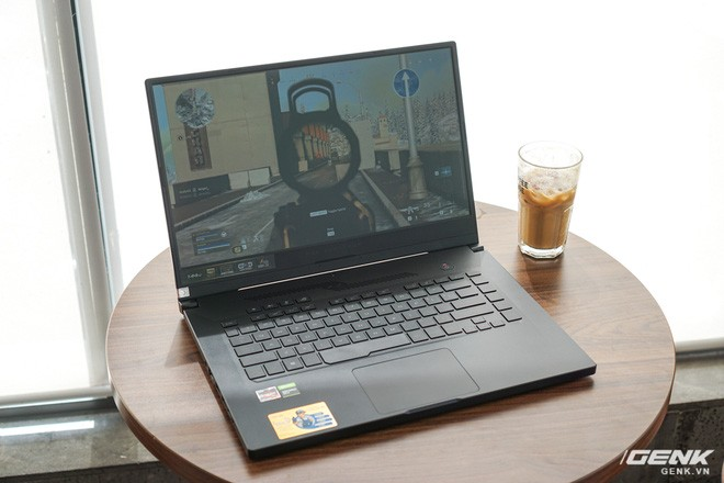 Cận cảnh ASUS ROG Zephyrus G15: Ứng cử viên sáng giá của dòng laptop gaming tầm 30 triệu đồng - Ảnh 11.