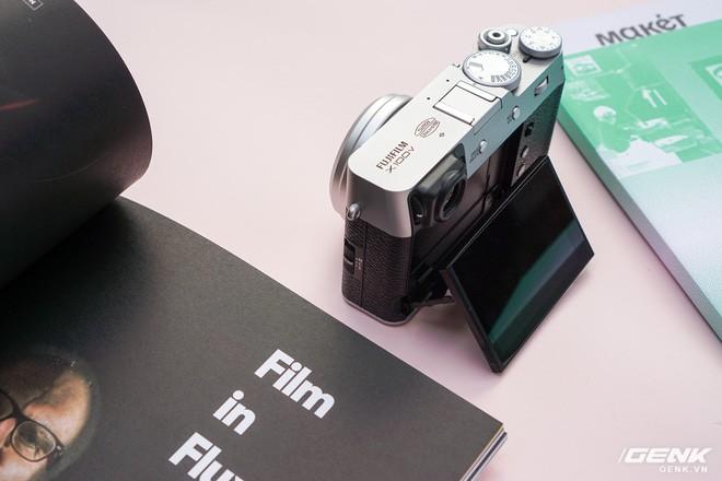 Cận cảnh Fujifilm X100V: Cảm biến 26.1MP X-Trans BSI CMOS thế hệ 4, ống kính 23mm f/2.0 mới, màn hình đã có thể xoay lật 2 hướng - Ảnh 4.