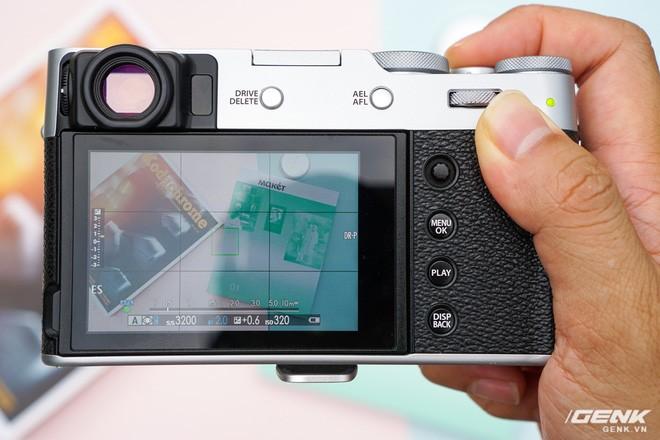Cận cảnh Fujifilm X100V: Cảm biến 26.1MP X-Trans BSI CMOS thế hệ 4, ống kính 23mm f/2.0 mới, màn hình đã có thể xoay lật 2 hướng - Ảnh 6.