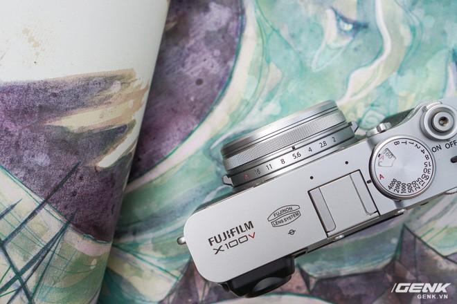Cận cảnh Fujifilm X100V: Cảm biến 26.1MP X-Trans BSI CMOS thế hệ 4, ống kính 23mm f/2.0 mới, màn hình đã có thể xoay lật 2 hướng - Ảnh 8.