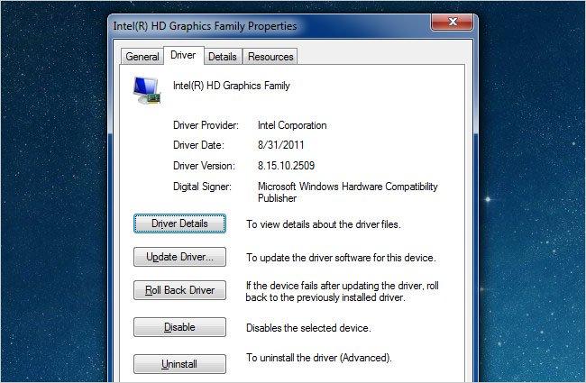 Nhấp vào tab Driver và chọn Driver Details