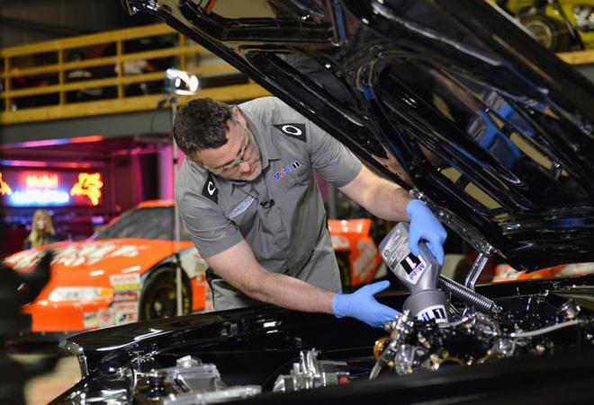 Hé lộ bí mật khiến xe điện Tesla vượt trội hơn xe hơi chạy xăng: Bảo sao Elon Musk kiếm bộn! - Ảnh 1.