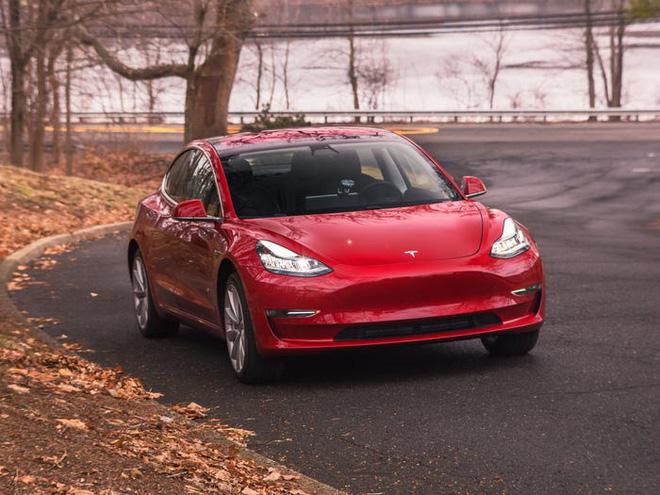 Hé lộ bí mật khiến xe điện Tesla vượt trội hơn xe hơi chạy xăng: Bảo sao Elon Musk kiếm bộn! - Ảnh 2.