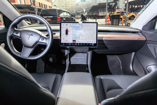 Hé lộ bí mật khiến xe điện Tesla vượt trội hơn xe hơi chạy xăng: Bảo sao Elon Musk kiếm bộn! - Ảnh 4.