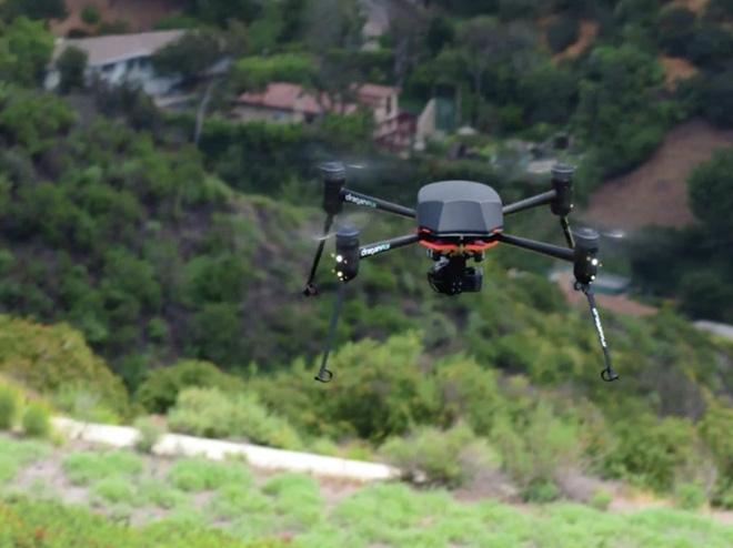 Máy bay không người lái truy tìm người nghi ngờ mắc COVID-19 - Ảnh 11.