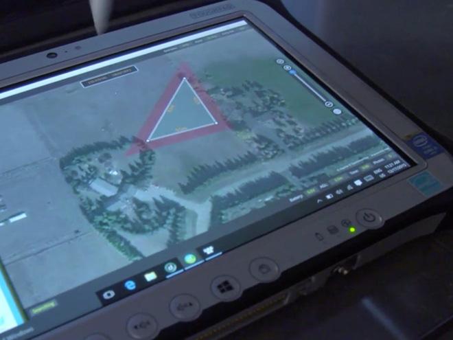 Máy bay không người lái truy tìm người nghi ngờ mắc COVID-19 - Ảnh 4.