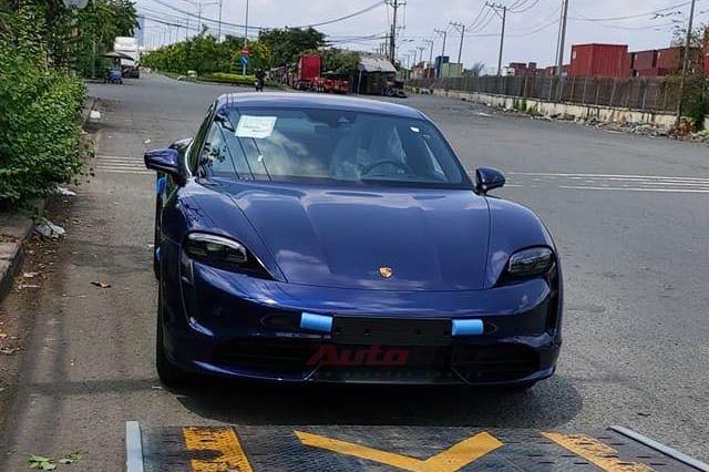 Porsche Taycan vừa về Việt Nam đã có trạm sạc riêng: Thời gian sạc còn nhanh hơn điện thoại - Ảnh 3.