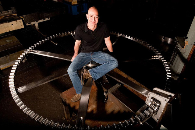 Tầm nhìn 10.000 năm trong chiếc đồng hồ 1.000 năm mới kêu 1 lần đang được Jeff Bezos xây dựng trong một ngọn núi - Ảnh 1.