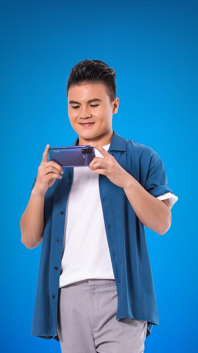 smartphone đề cao tốc độ, tính đa nhiệm và bền bỉ - Ảnh 10.