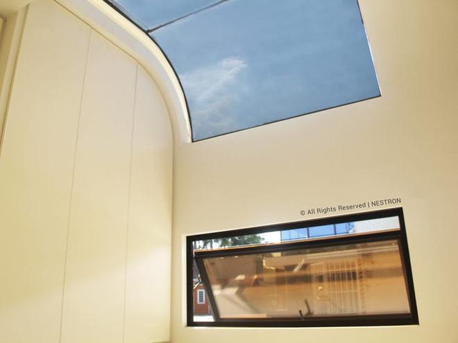 Bên trong căn nhà thông minh dành cho 4 người có thiết kế như tàu vũ trụ - Ảnh 4.