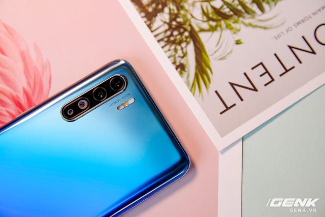 Camera sau của nhiều smartphone cao cấp hiện nay mới chỉ đạt 12MP, OPPO tung ra smartphone có cam trước 44MP làm gì? - Ảnh 1.