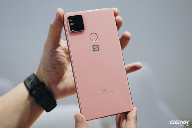 Cận cảnh Bphone B86: Chống nước IP68 Plus, camera kép như 5 camera, Snapdragon 675, eSIM, giá 8.99/9.99 triệu - Ảnh 7.