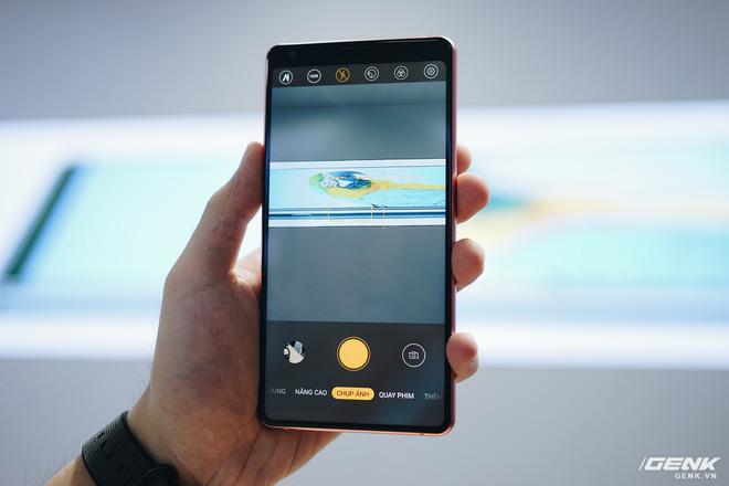 Cận cảnh Bphone B86: Chống nước IP68 Plus, camera kép như 5 camera, Snapdragon 675, eSIM, giá 8.99/9.99 triệu - Ảnh 8.
