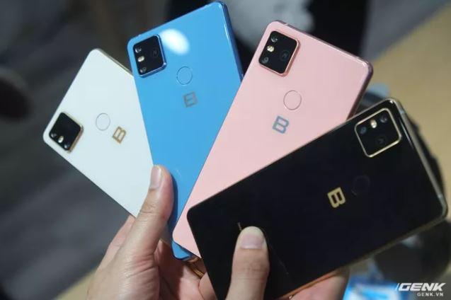 So găng smartphone Việt: Bphone B86s ăn được 2 chiếc Vsmart Live mà vẫn còn thừa 2 triệu - Ảnh 2.